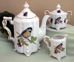 530-110C - Chickadee Teapot/Cream & Sugar Set