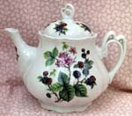 562-217 - Blackberry Ashley Teapot