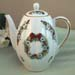 563-126RW - Christmas Ribbon Wreath Tall Ribbed Teapot